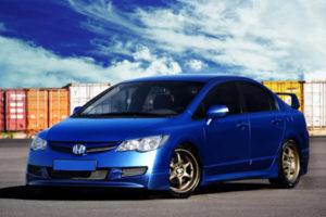 Honda Civic 8 (4D)
