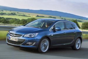 Opel Astra J (5D)