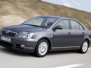 Toyota Avensis 2 (седан)